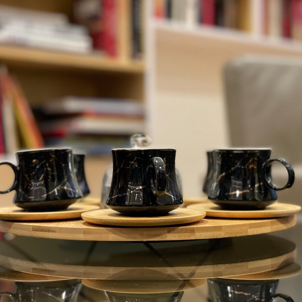 Bamboo base with lazy susan set 6 cups